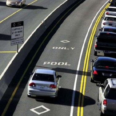 Pool Lane - a faixa exclusiva para carros com 2 ou mais passageiros